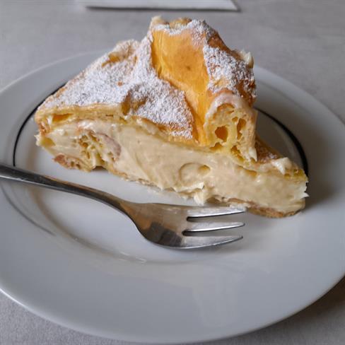 Iz Jožičine kuhinje: Enostavna tortica, ki se topi v ustih