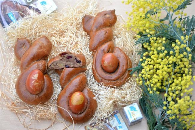 Velikonočni recept: Čokoladni zajci z arašidovim nadevom