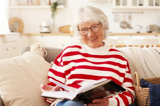 Priporočamo: TOP 4 knjige, ki jih boste z veseljem prebrali