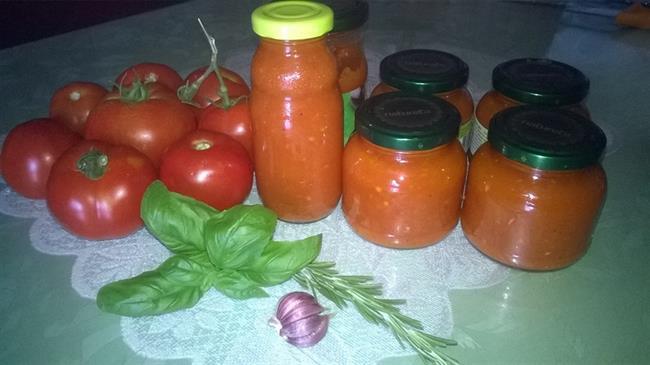 Iz Jožičine kuhinje: Paradižnikov kečap