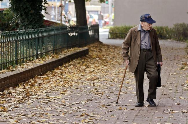 14 tisoč podpisanih želi vrnitev neizplačanega dela pokojnin